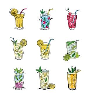 Летний набор с лимонадом. ручной обращается стиль эскиза. изолированные на белом фоне. дизайн меню, плакатов, буклетов для кафе, бара.