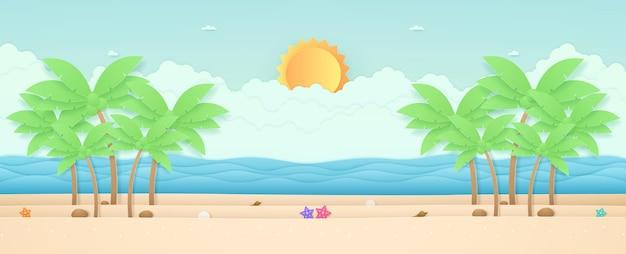 Летнее время морской пейзаж, морские звезды и кокосовые пальмы на пляже с морским солнцем в небе