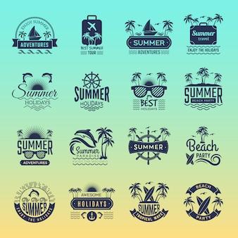 夏の旅行のロゴ。レトロな熱帯の休暇のバッジとシンボルのヤシの木が島のベクター画像コレクションのビーチツアーを飲む