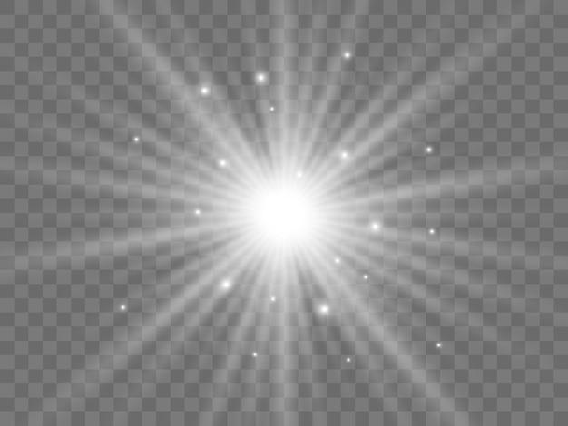Солнечный свет на прозрачном фоне. изолированные белые лучи света. векторная иллюстрация
