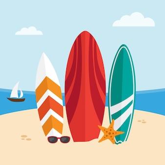 Доски для серфинга на пляже