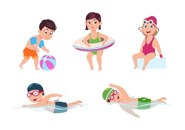 水泳の子供たち。幸せな子供たち、小さなビーチの女の子。海やプールパーティー。水着で孤立した漫画の友達