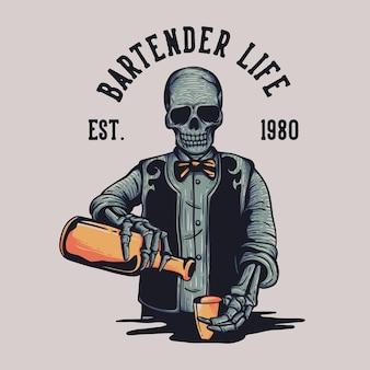 Дизайн футболки bartender life est.1980 со скелетом, разливающим пиво в винтажную иллюстрацию чашки