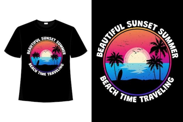 복고 스타일로 여행하는 아름다운 일몰 여름 해변의 티셔츠 디자인