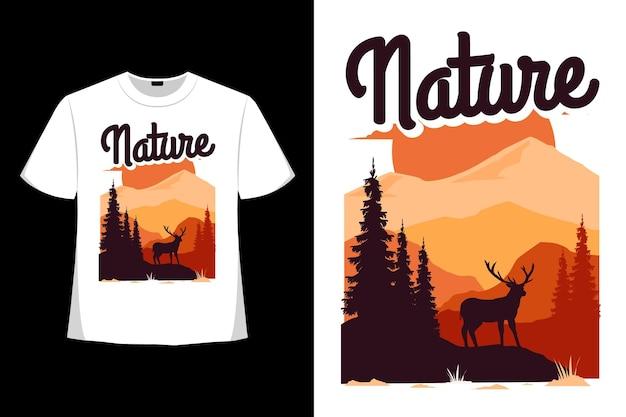 自然の山松鹿手描きレトロヴィンテージイラストのtシャツデザイン