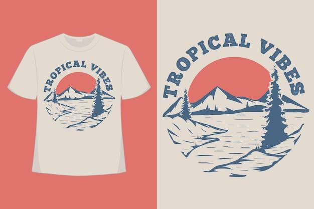 열대 분위기 산 해변 손으로 그린 스타일 빈티지 그림의 티셔츠 디자인
