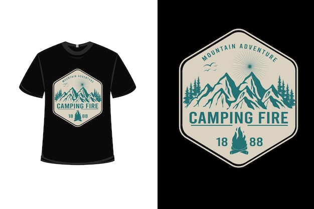 T 셔츠 마운틴 어드벤처 캠핑 파이어 컬러 크림과 그린