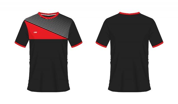 白い背景の上のチームクラブのtシャツの赤と黒のサッカーまたはフットボールのテンプレート。ジャージースポーツ、