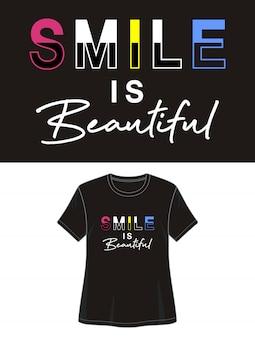 笑顔は印刷tシャツの美しいタイポグラフィ