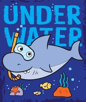 Tシャツの水中手描きサメ