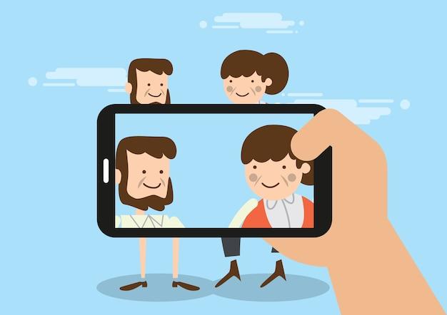 전화 카메라를 사용하여 사진 노인 촬영