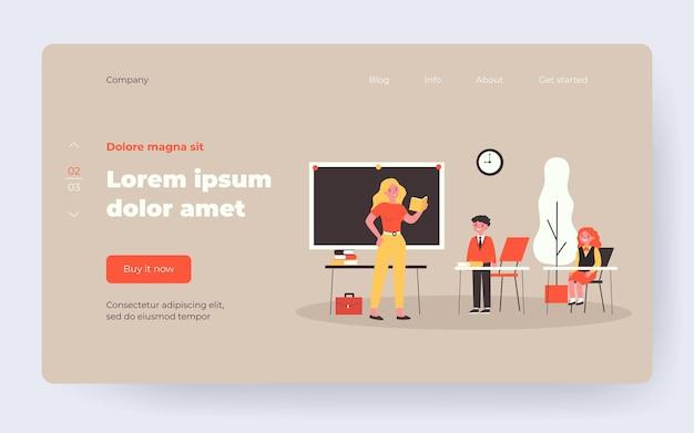Учитель спрашивает ученика в классе. урок, дети в униформе, классная плоская векторная иллюстрация. обратно в школу, образование, концепцию обучения для баннера, дизайн веб-сайта или целевую веб-страницу