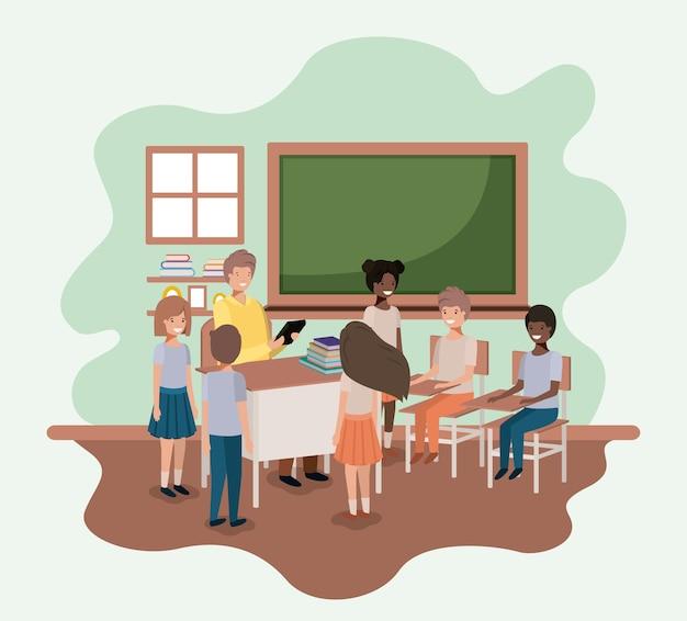 Учитель в классе со студентами