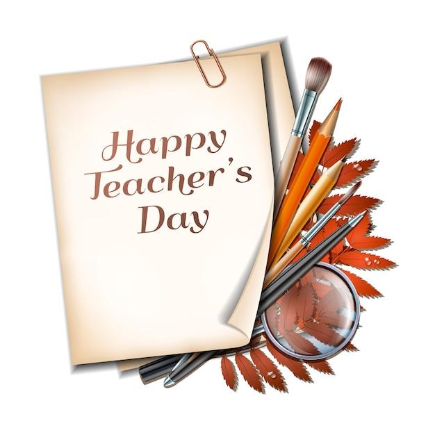 Открытка ко дню учителя. лист бумаги с надписью happy teachers day с осенними листьями, ручками, карандашами, кистями и увеличительным стеклом на деревянной текстуре фона.