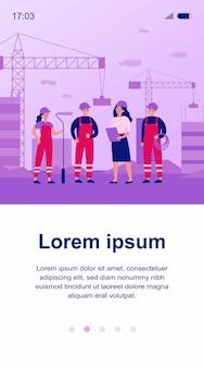 현장 건축업자 팀. 여성 엔지니어, 건축가, 기술자, 작업을 논의하는 도구를 들고 작업 바지에서 작업자. 건설 현장, 엔지니어링, 팀워크 개념에 사용할 수 있습니다.