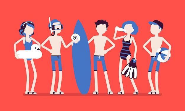 십대들은 해변에서 스포츠와 수상 활동을 즐깁니다. 수영, 다이빙, 수구 또는 서핑, 수상 스포츠 클럽을 연습하기 위해 수영복을 입은 활동적인 십대 그룹.