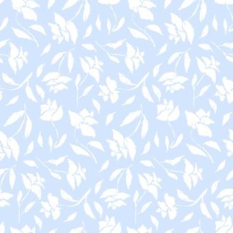 傷のある白いバラのシルエットと柔らかい青いヴィンテージシームレスパターン