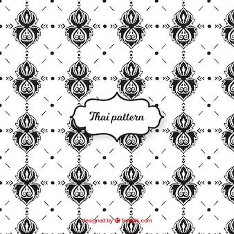 흑인과 백인 타이어 패턴