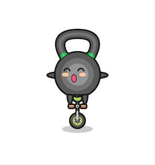 귀여운 케틀볼 캐릭터가 서커스 자전거를 타고 있고, 티셔츠, 스티커, 로고 요소를 위한 귀여운 스타일 디자인