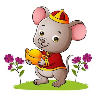 귀여운 쥐가 삽화 정원에서 황금 엔파오 항아리를 들고 있다