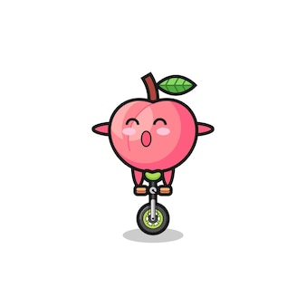 귀여운 복숭아 캐릭터가 서커스 자전거를 타고 있고, 티셔츠, 스티커, 로고 요소를 위한 귀여운 스타일 디자인