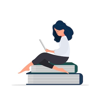소녀는 책의 산에 앉아 있다. 여자는 책을 읽고 있습니다. 외딴. 벡터.