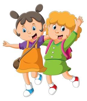 코스 수업이 끝나고 함께 걷고있는 소녀들