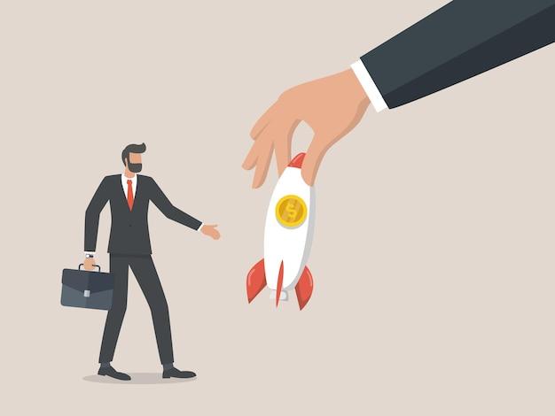정부는 기업가를위한 새로운 비즈니스 기회를 열고 비즈니스 개념을 다시 엽니 다.