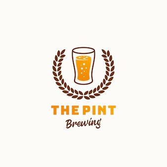 Пинт пивоваренный завод абстрактный ретро символ или шаблон логотипа. винтажные типографии премиум пивоваренный знак.