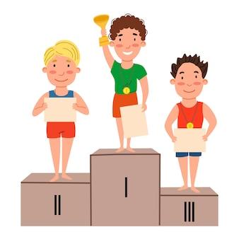 연단에 서 있는 우승 어린이들. 졸업장과 메달을 가진 소년.