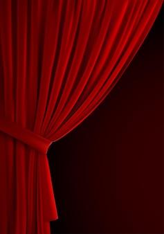 Украшение театра или домашнего интерьера красной занавеской