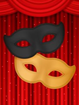 빨간색 배경에 연극 마스크입니다.