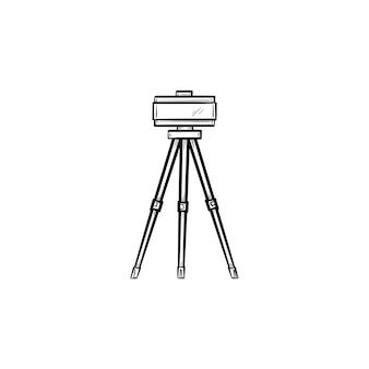 三脚のセオドライト手描きのアウトライン落書きアイコン。測量機器-白い背景で隔離の印刷物、ウェブ、モバイル、インフォグラフィックのセオドライトベクトルスケッチイラスト。測量の概念。 Premiumベクター