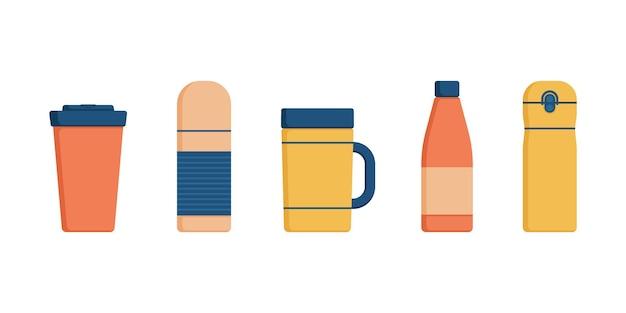 보온병, 보온병, 여행용 병, 재사용 가능한 텀블러 또는 뜨거운 음료 용 컵 세트.