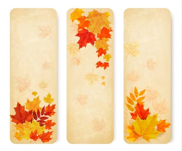 色の葉を持つ3つの抽象的な秋のバナー。