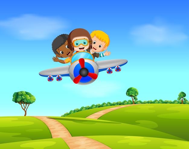 Три мальчика, летящего на самолете