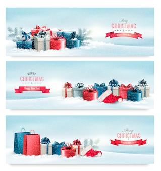 プレゼント付きの3つのクリスマスバナー。