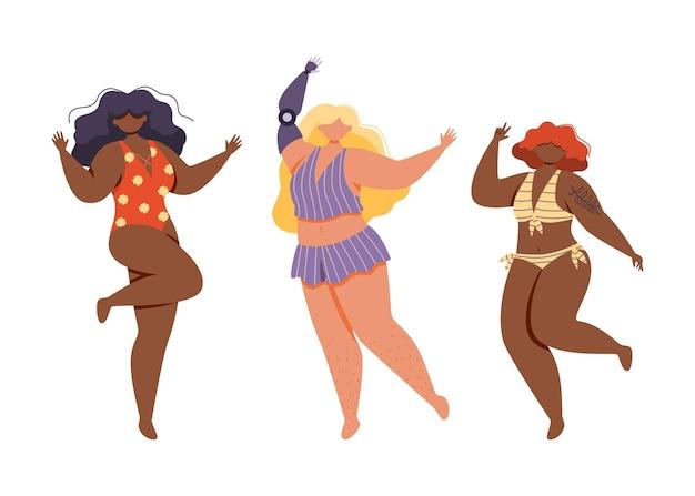 피부색, 신체 유형 및 크기가 다른 세 명의 행복한 여성이 화려한 수영복을 입고 춤을 추고 점프합니다. 인공 손을 가진 여자입니다. 몸은 긍정적이다.