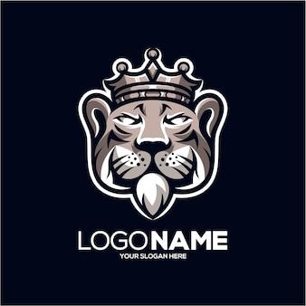 タイガーキングマスコットのロゴデザインイラスト