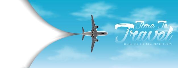 Tempo di viaggiare volantino vettoriale con copia spazio bianco e cielo con aeroplano