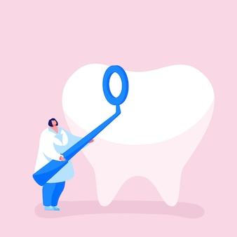 白いローブの小さな歯科医の女性医師のキャラクターは、口腔病学の鏡を保持します