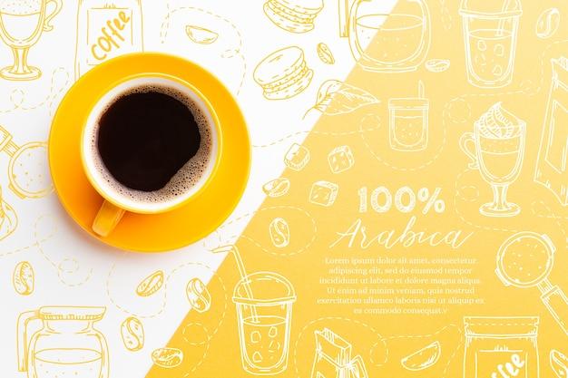Вид сверху чашка свежего черного кофе