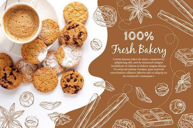 Вид сверху вкусного печеного шоколадного печенья и кофе