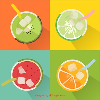 4つのおいしいフルーツジュースのトップビュー