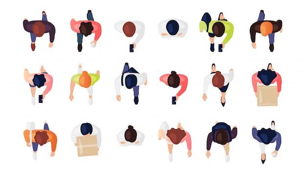 사람들의 상위 뷰는 흰색 배경에 고립 된 집합. 남자와 여자. 위에서 볼 수 있습니다. 남성과 여성 캐릭터. 간단한 평면 만화 디자인. 현실적인 그림.