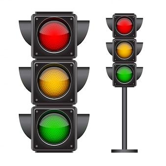 Светофор со всеми тремя цветами.