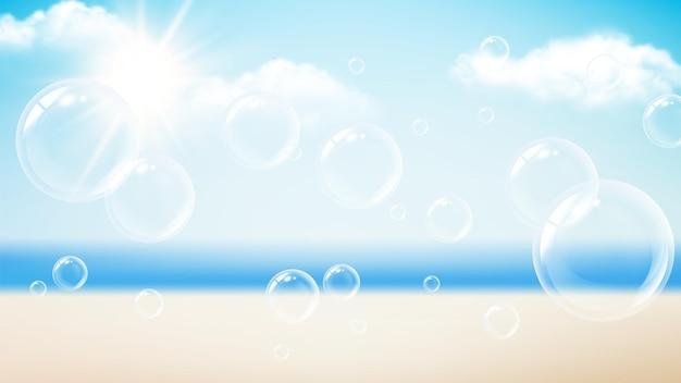 透明な泡。夏休みの背景、ビーチの海の太陽の日。フライングソープフォーム、水泡ベクトルバナー。透明でリアルな泡、半透明の吹くイラスト