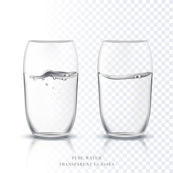純粋な澄んだ水で透明なグラスカップ