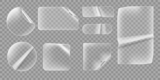 Прозрачные наклейки. прозрачные морщинистые этикетки. набор липких баннеров с загнутыми углами.