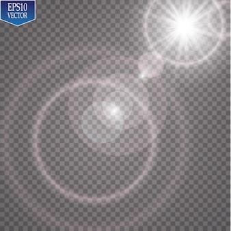 투명한 햇빛 렌즈 플레어 조명 효과. 태양 광선과 스포트라이트로 플래시.